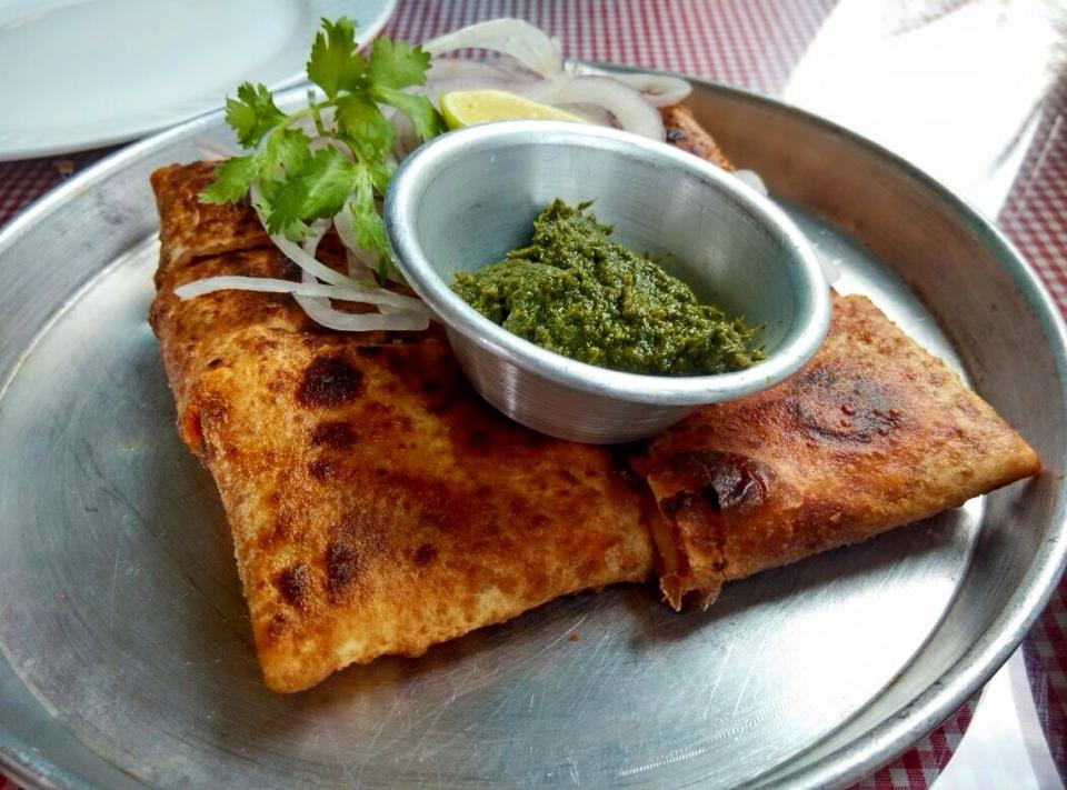 chicken baida roti wikimedia commons