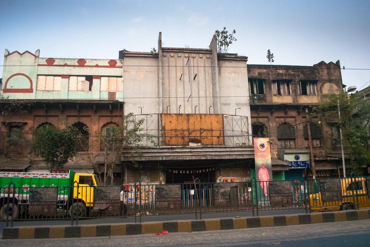 Khanna wikimedia commons