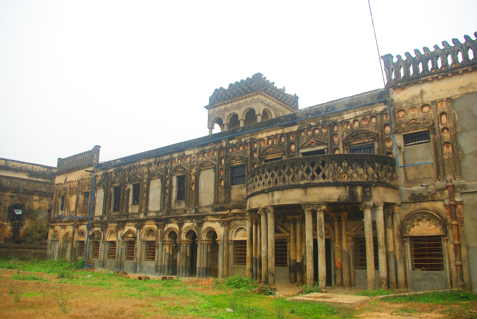 Ray mansion in kalikapur photo by Amitabha Gupta